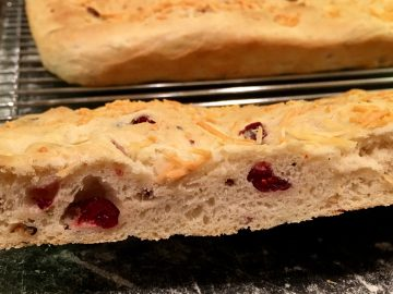 savory-thanksgiving-focaccia-bread-closeup-cranberry